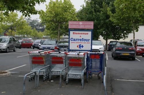 Carrefour Sainte genevieve des bois