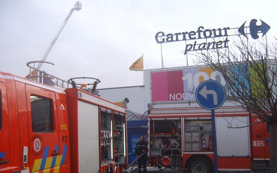 Incendie au Carrefour d'Auderghem