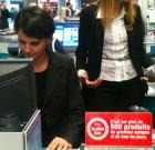 Mme Najat Vallaud-Belkacem visite l'hyper Carrefour Sannois un vendredi 13