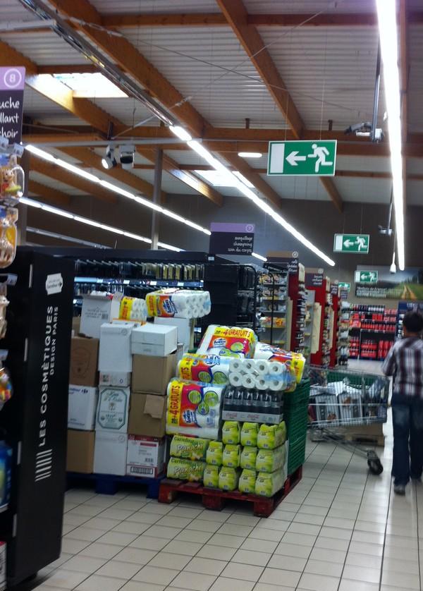 carrefour market nemours 49
